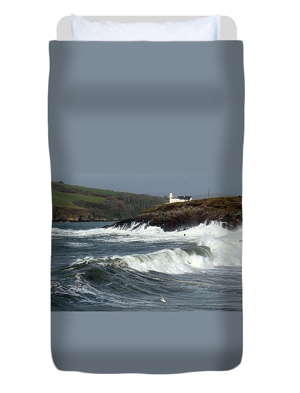 Dingle Peninsula Duvet Cover featuring the photograph Big Swell In Dingle Bay by Barbara Walsh