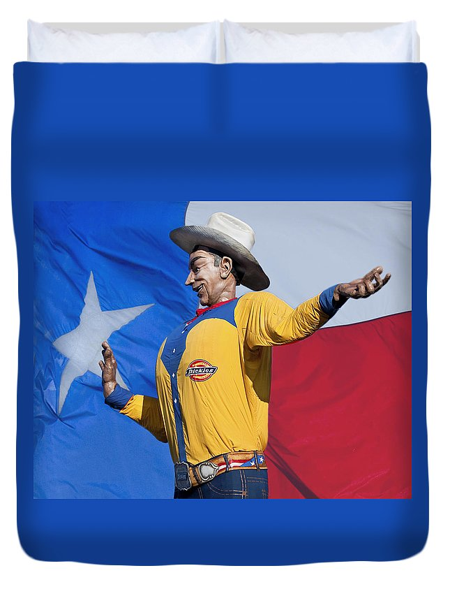 Dallas Duvet Cover featuring the photograph Big Tex And The Lone Star Flag by David and Carol Kelly