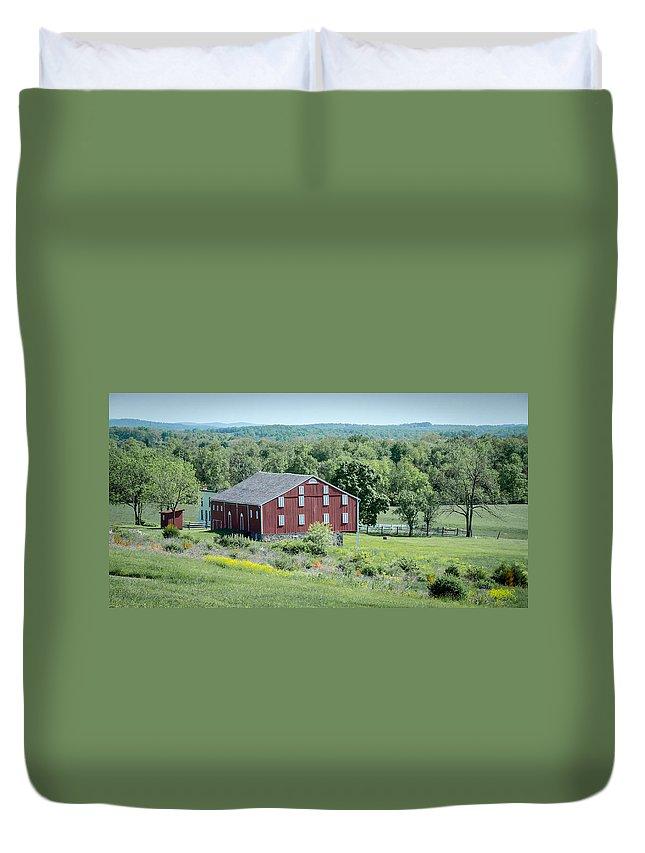 American Civil War Duvet Cover featuring the photograph Bilgerville Road Farm 7d02271 by Guy Whiteley