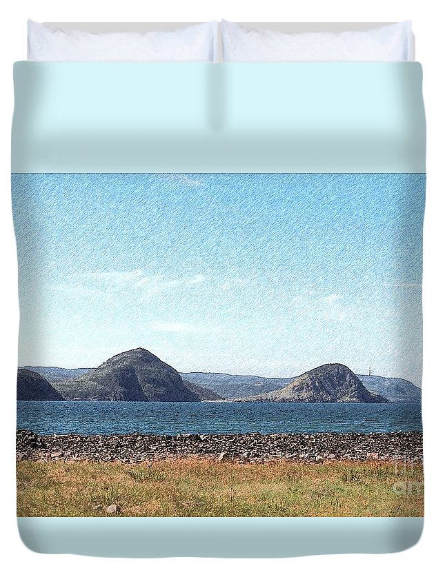 Bird Blind On The Beach Sketch Duvet Cover featuring the photograph Bird Blind On The Beach Sketch by Barbara Griffin