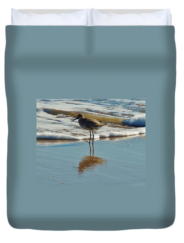 Mark Lemmon Cape Hatteras Nc The Outer Banks Photographer Subjects From Sunrise Duvet Cover featuring the photograph Bird In Surf Reflecting 12/14 by Mark Lemmon