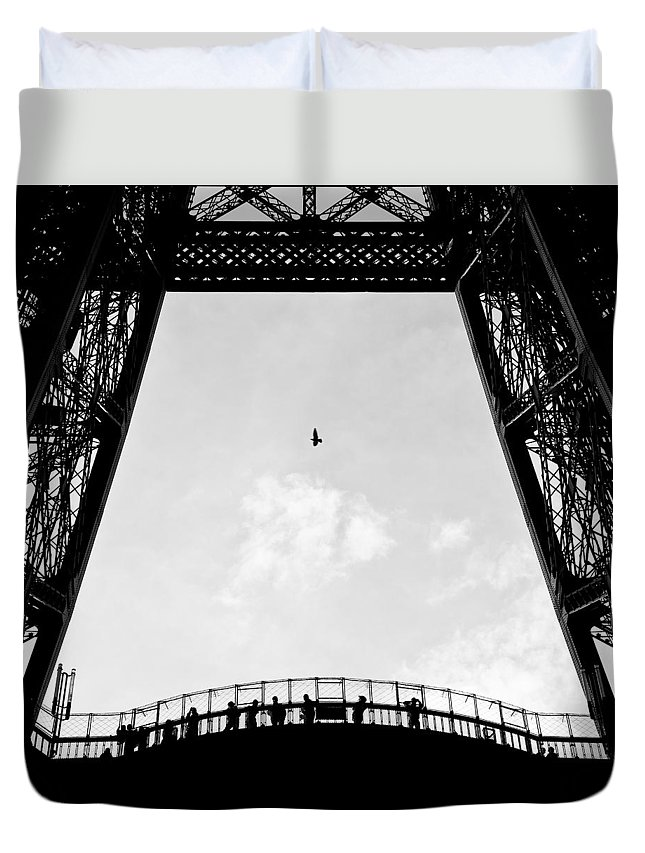 Eiffel Tower Duvet Cover featuring the photograph Birds-eye View by Dave Bowman