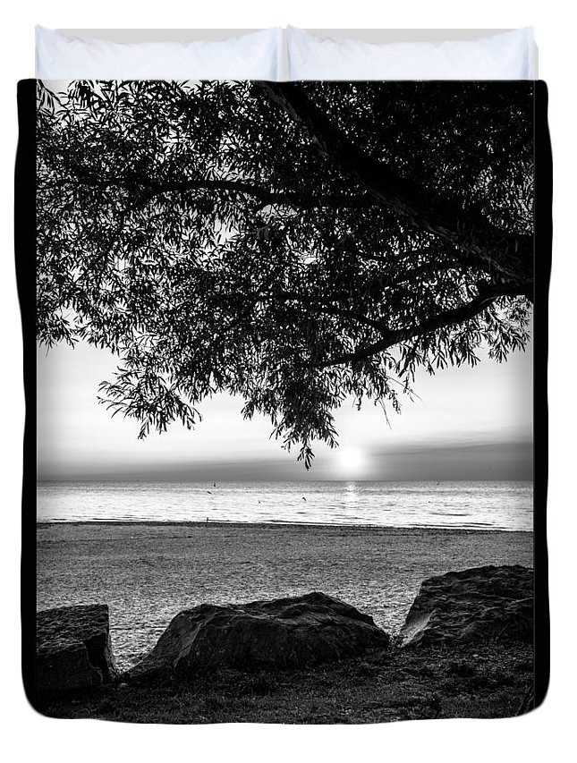 Sunsets Duvet Cover featuring the photograph Black And White Sunset by Jim Markiewicz