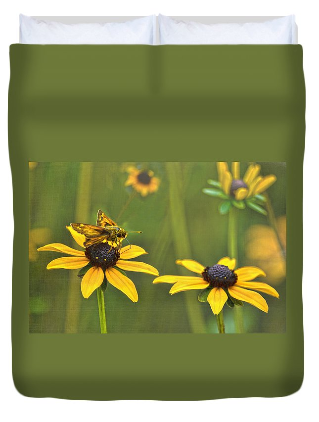 Black Eyed Susans Duvet Cover featuring the photograph Black Eyed Susans Visitor by Sandi OReilly