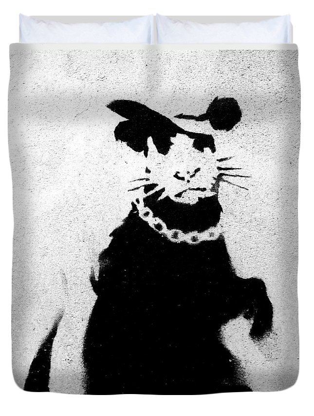 Bling Duvet Cover featuring the photograph Bling Rat by A Rey