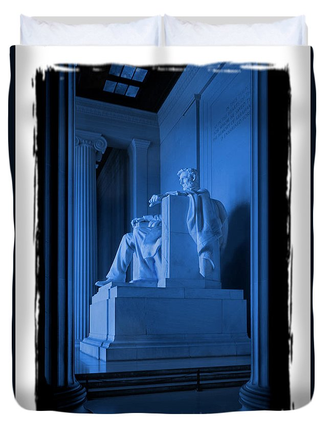 Landmarks Duvet Cover featuring the photograph Blue Lincoln by Mike McGlothlen