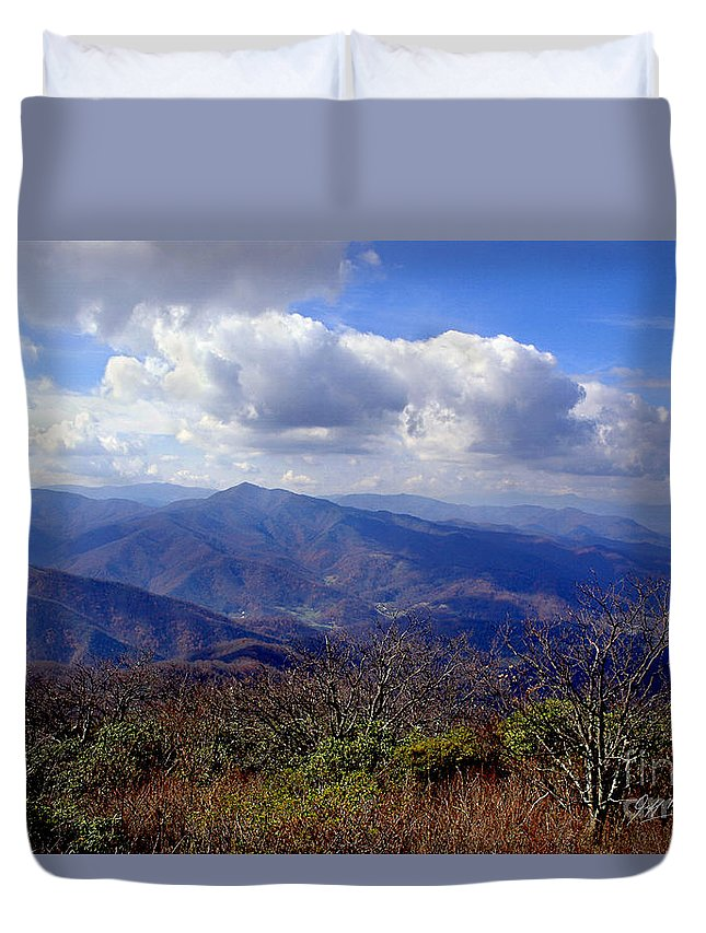 Pisgah National Forest Duvet Cover featuring the photograph Blue Ridge Parkway I by Jeff McJunkin