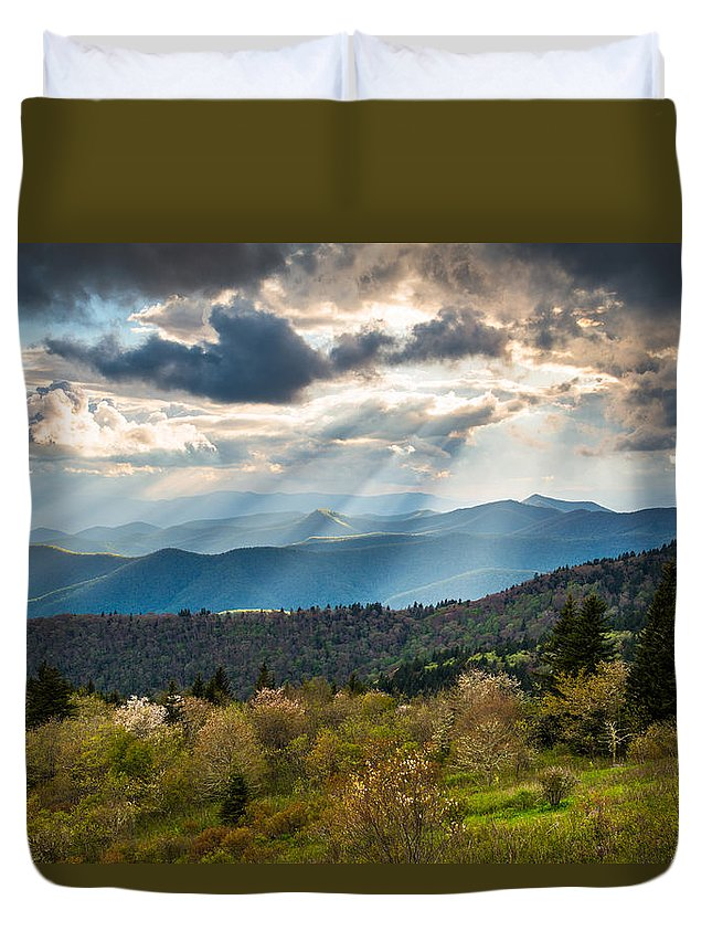 Blue Ridge Parkway Duvet Cover featuring the photograph Blue Ridge Parkway North Carolina Mountains Gods Country by Dave Allen