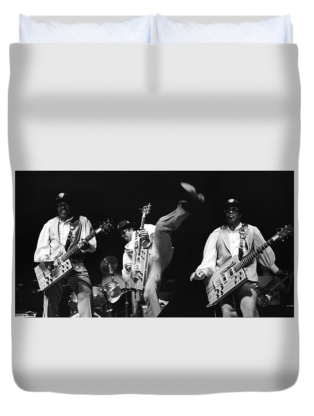 Bo Diddley Duvet Cover featuring the photograph Bo Diddley 3 by Dragan Kudjerski