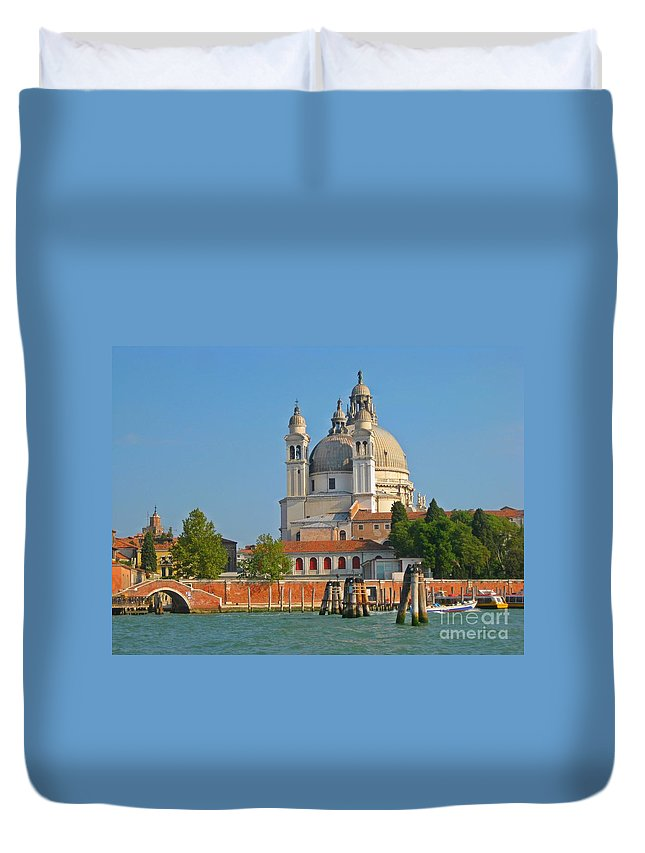 Famous Churches Duvet Cover featuring the photograph Boating Past Basilica Di Santa Maria Della Salute by John Malone