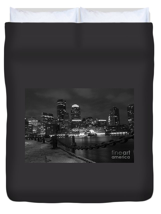 America Duvet Cover featuring the photograph Boston At Night by Juli Scalzi