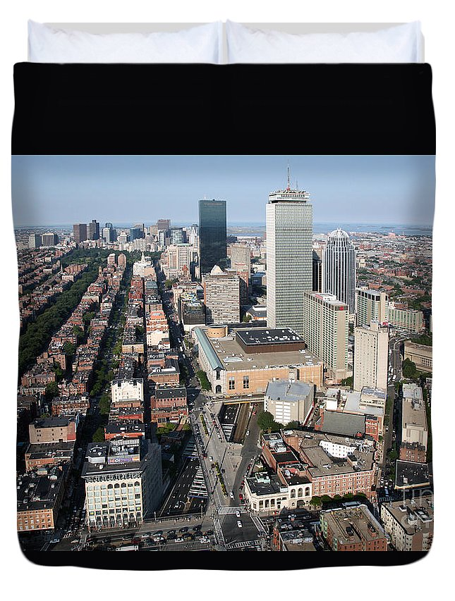 111 Huntington Avenue Duvet Cover featuring the photograph Boston Back Bay by Bill Cobb