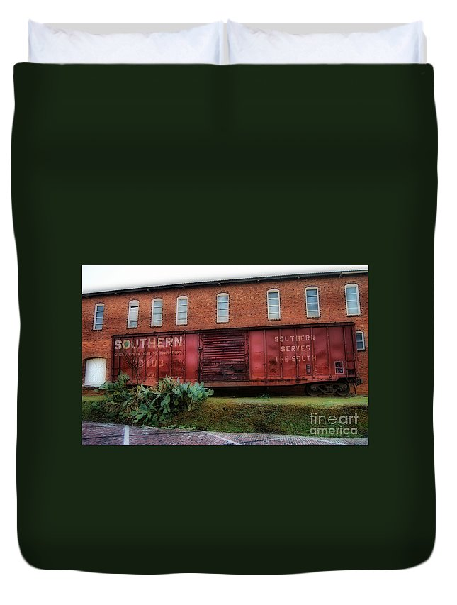 Railroad Tracks.railroad Photos Duvet Cover featuring the photograph Boxcar by Skip Willits