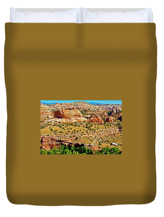 Boynton Overlook On Highway 12 In Grand Staircase-escalante National Monument Duvet Cover featuring the photograph Boynton Overlook On Highway 12 In Grand Staircase-escalante National Monument-utah by Ruth Hager