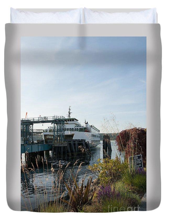 Seascape Duvet Cover featuring the photograph Bremerton Wa Ferry Doc by Davina Parypa