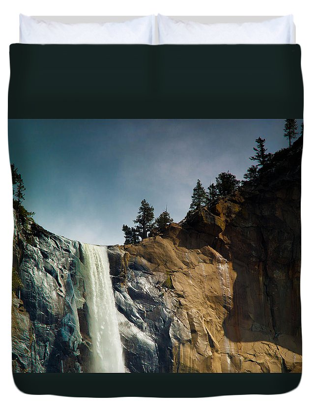 Yosemite Duvet Cover featuring the photograph Bridalveil IIi by Bill Gallagher