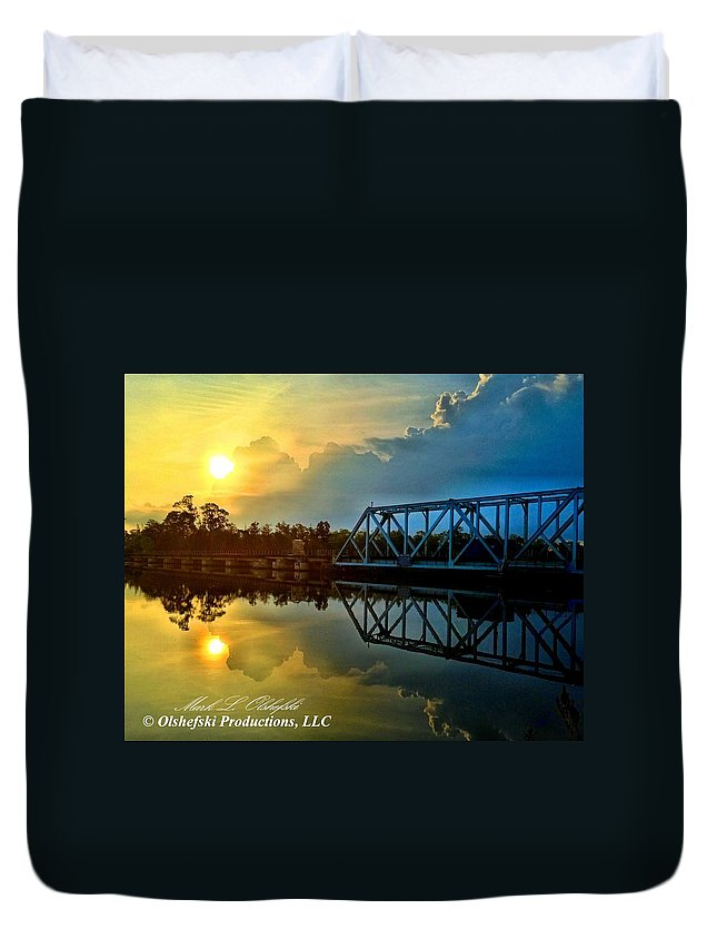 Milton Duvet Cover featuring the photograph Bridge Over Calm Waters by Mark Olshefski