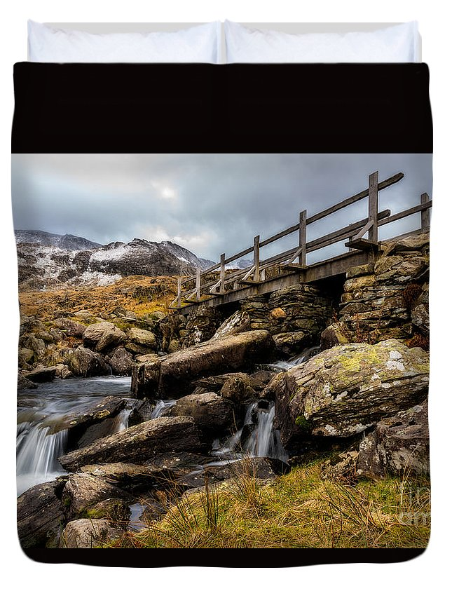 Waterfall Duvet Cover featuring the photograph Bridge To Idwal by Adrian Evans