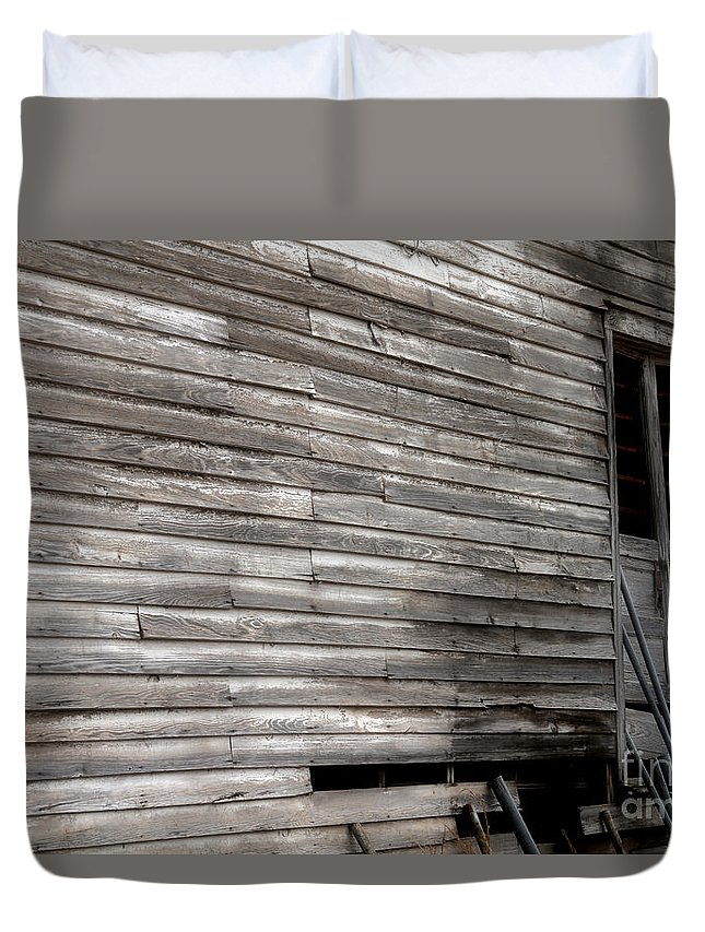 Abandoned Barn Duvet Cover featuring the photograph Broken Door By Diana Sainz by Diana Raquel Sainz