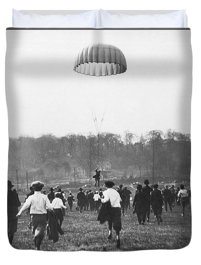 1910s Duvet Cover featuring the photograph Bronx Parachute Leap by Underwood Archives