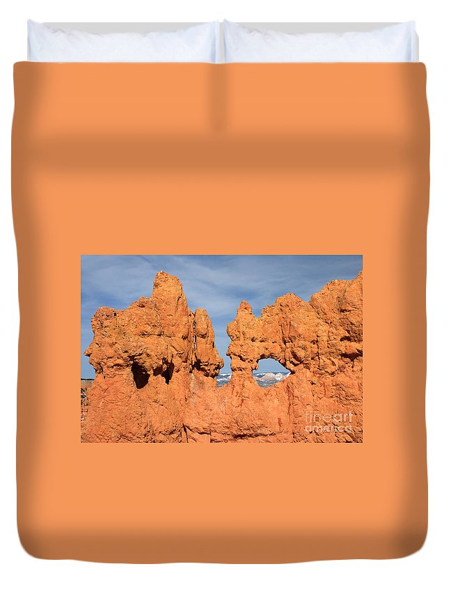 America Duvet Cover featuring the photograph Bryce Canyon Peephole by Karen Lee Ensley