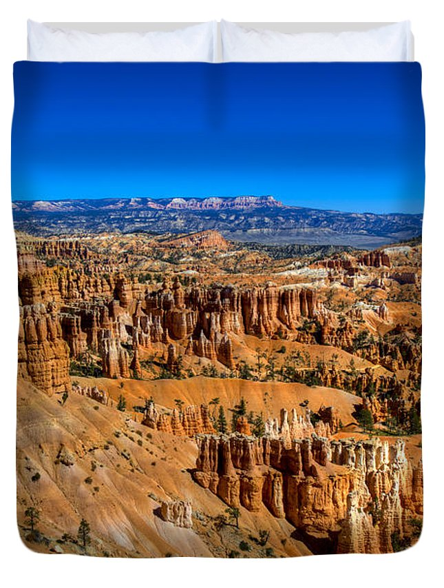Bryce Canyon Duvet Cover featuring the photograph Bryce's Glory by Chad Dutson