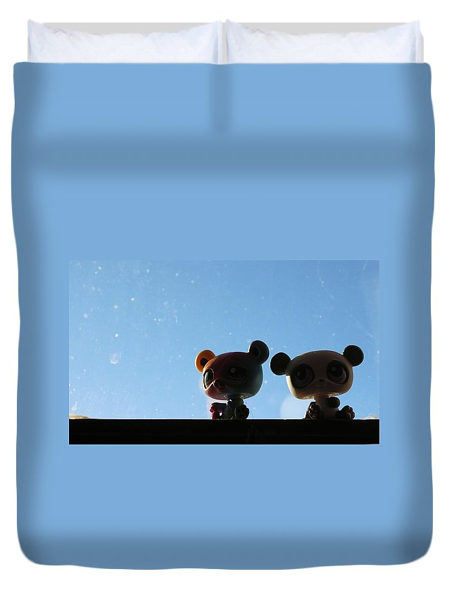 Toys Duvet Cover featuring the photograph Buddies On The Windowsill by Scott Carlton