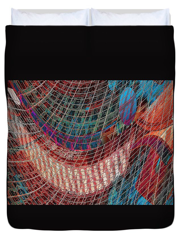 Duvet Cover featuring the photograph Building Lines by David Pantuso