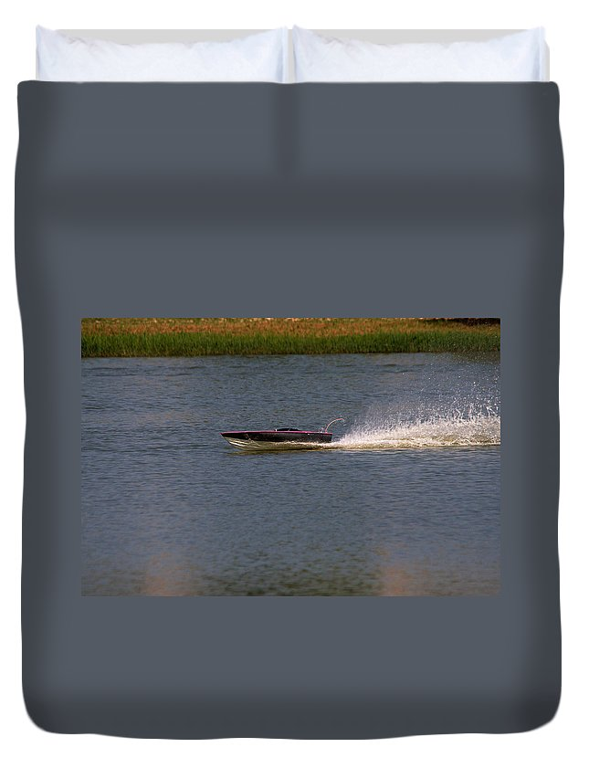 Vehicle Duvet Cover featuring the photograph Built For Speed by Roy Williams