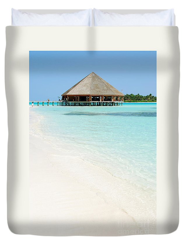 Water Duvet Cover featuring the photograph Bungalow Architecture And Beach On A Maldivian Island by Luis Alvarenga