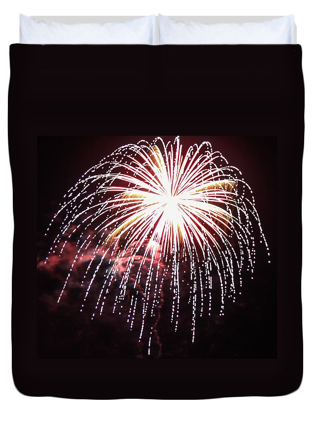 Fireworks Duvet Cover featuring the photograph 4th Of July Fireworks 9 by Howard Tenke
