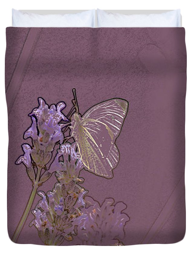 Butterfly Duvet Cover featuring the digital art Butterfly 2 by Carol Lynch