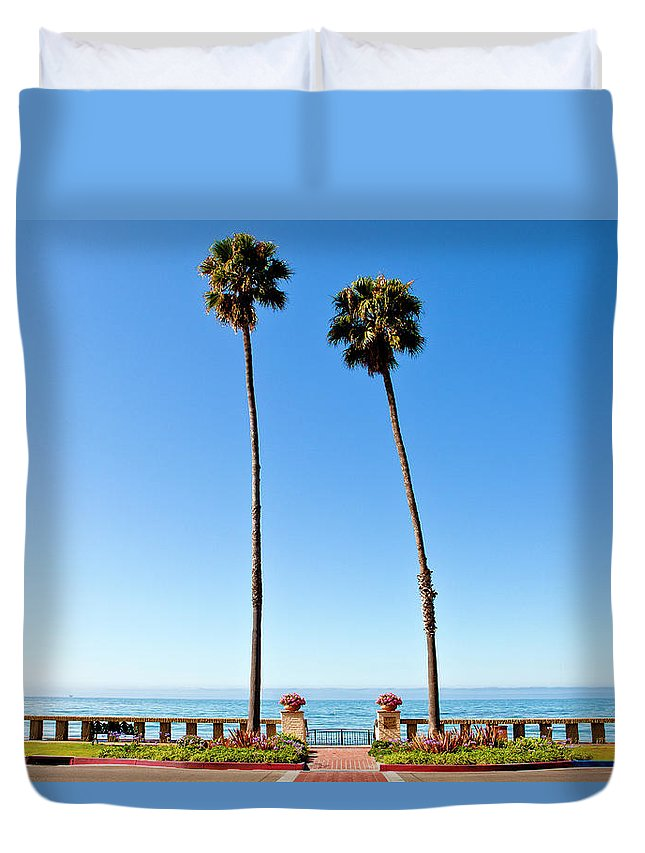 Tranquility Duvet Cover featuring the photograph Butterfly Beach, Santa Barbara by Geri Lavrov