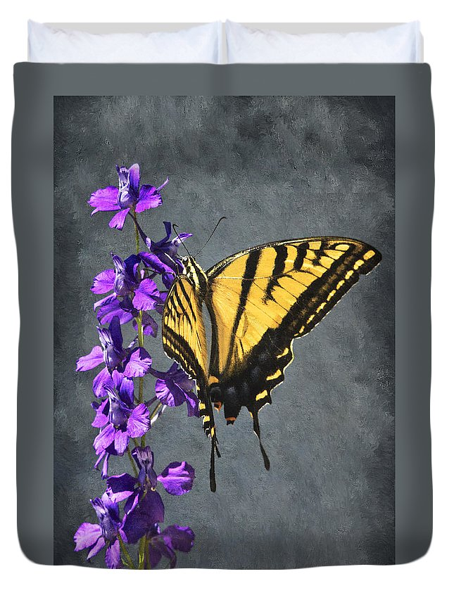 Butterfly Beauty Duvet Cover featuring the photograph Butterfly Beauty by Priscilla Burgers
