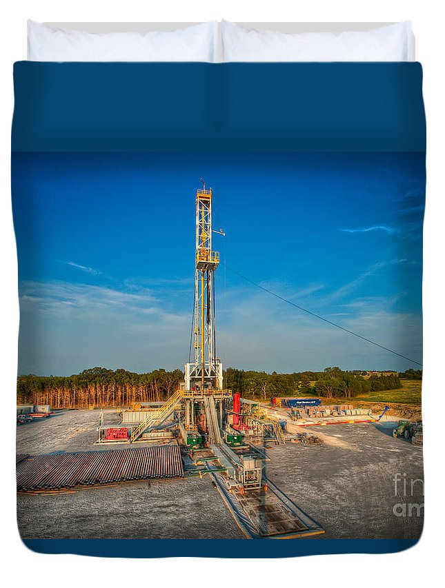 Oil Rig Duvet Cover featuring the photograph Cac003-1 by Cooper Ross