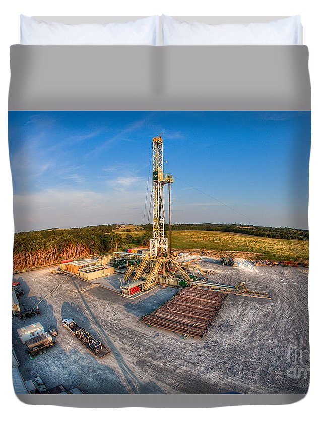 Oil Rig Duvet Cover featuring the photograph Cac003-4 by Cooper Ross