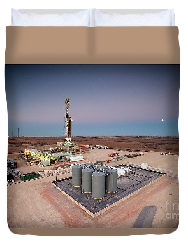 Oil Rig Duvet Cover featuring the photograph Cac006-57 by Cooper Ross
