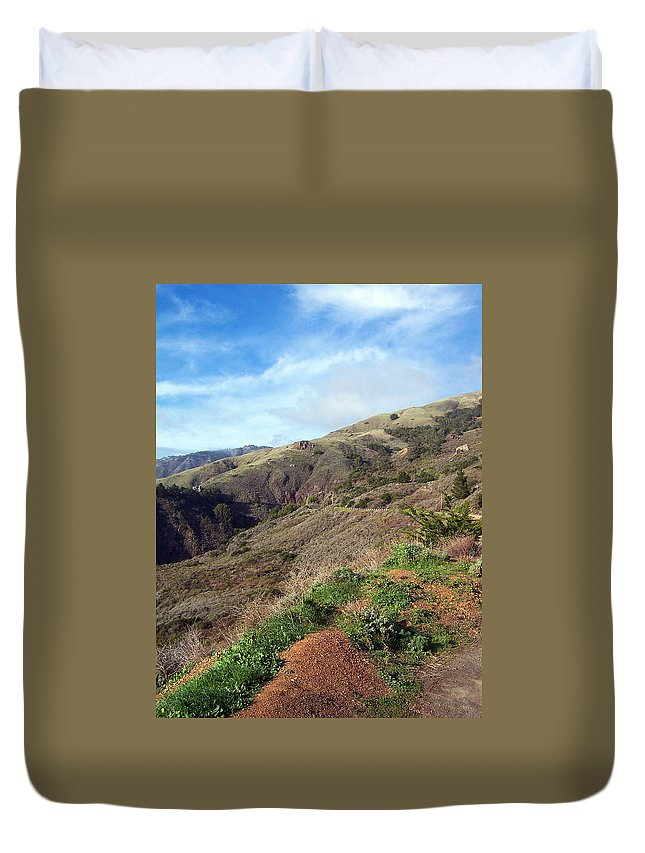 Landscapes Duvet Cover featuring the photograph California Hillside by Jennifer Robin