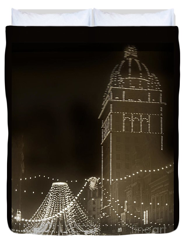 Call Building Duvet Cover featuring the photograph Call Building On Market Street San Francisco California 1902 by California Views Archives Mr Pat Hathaway Archives