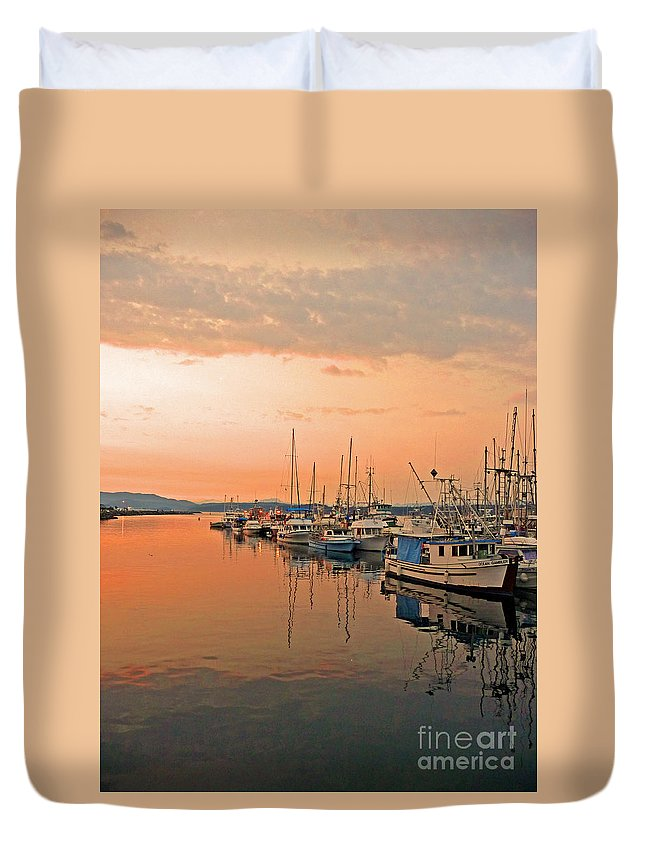 Campbell Duvet Cover featuring the photograph Campbell River Marina by Nancy Harrison