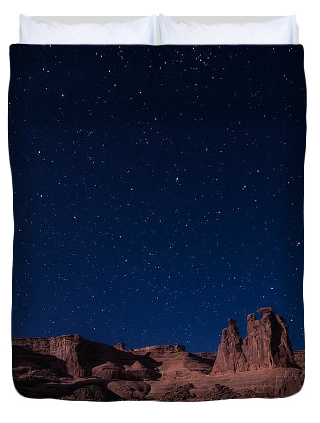 The Three Gossips Duvet Cover featuring the photograph Can We Talk by Jon Blake