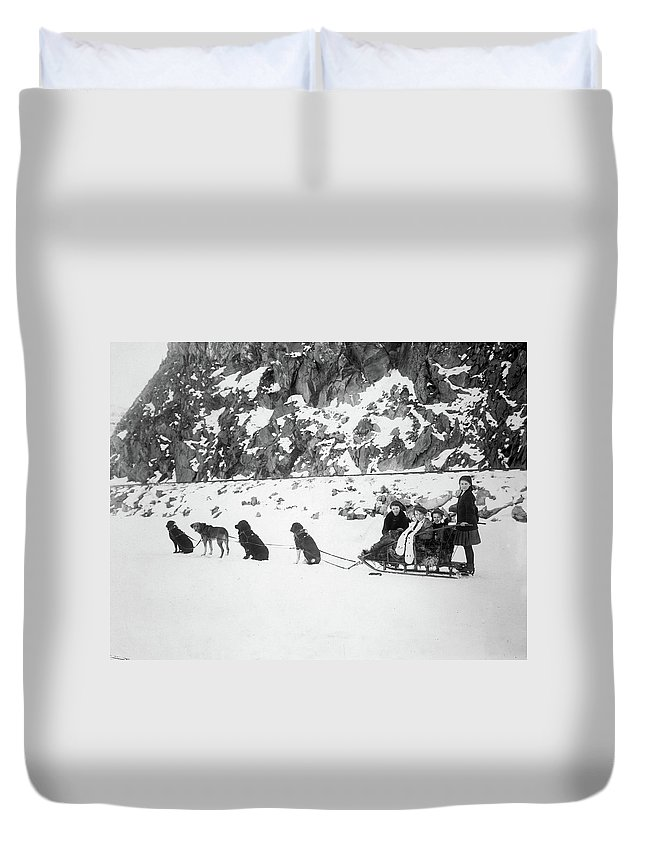 1910 Duvet Cover featuring the photograph Canada Dog Sled, C1910 by Granger