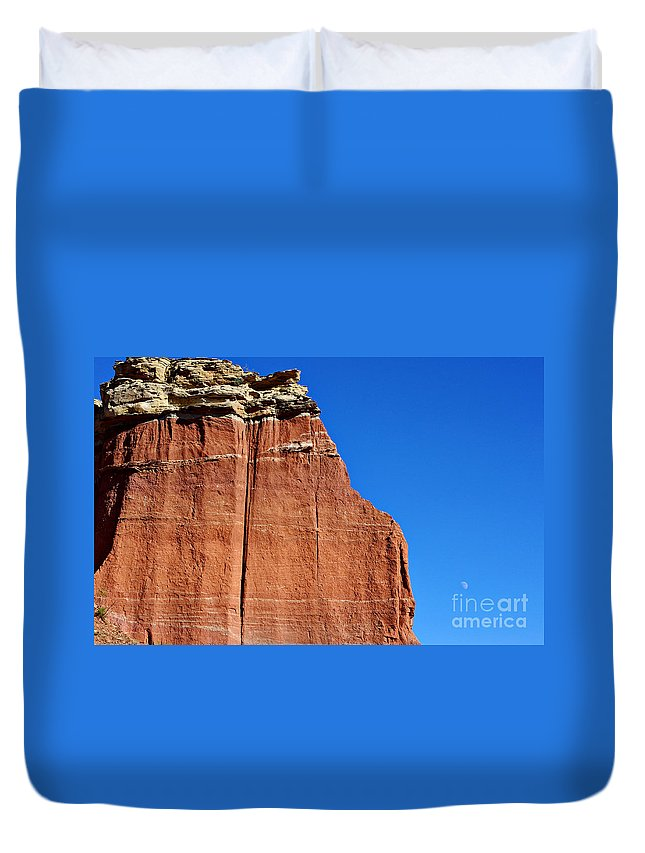Moon Duvet Cover featuring the photograph Canyon Moon by Gary Richards