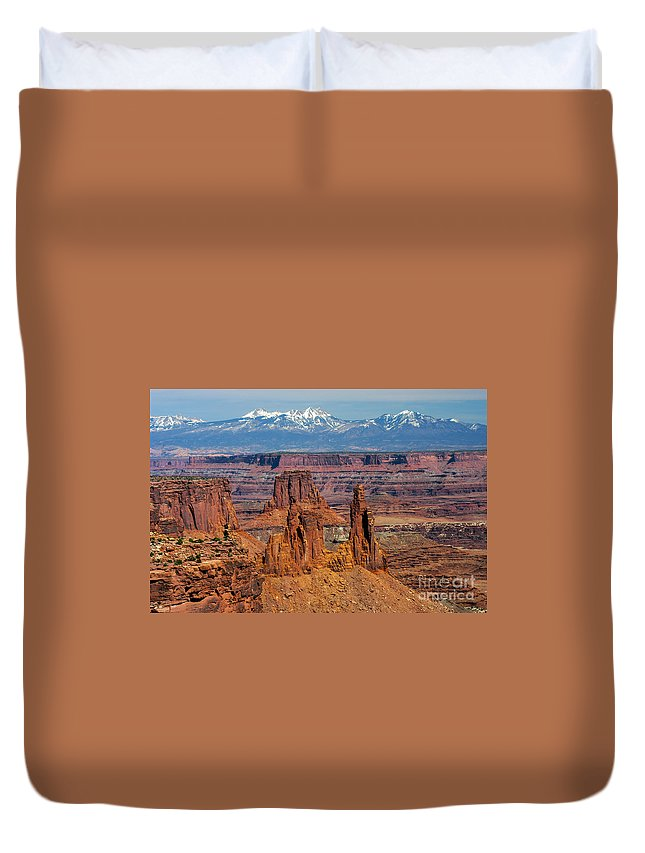 Mesa Arch Overlook Island In The Sky District Canyonlands National Park Utah Parks Mountain Mountains Snow Peaks Peak Canyon Canyons Rivers Rock Formation Formations Landscape Landscapes Desertscape Desertscapes Duvet Cover featuring the photograph Canyon View From Mesa Arch Overlook by Bob Phillips