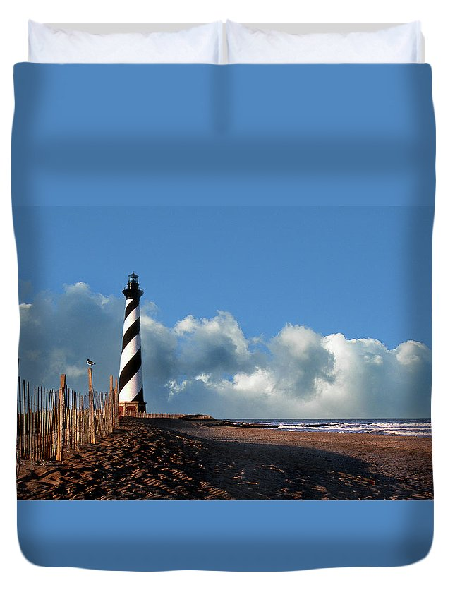 Lighthouses Duvet Cover featuring the photograph Cape Hatteras Lighthouse Nc by Skip Willits