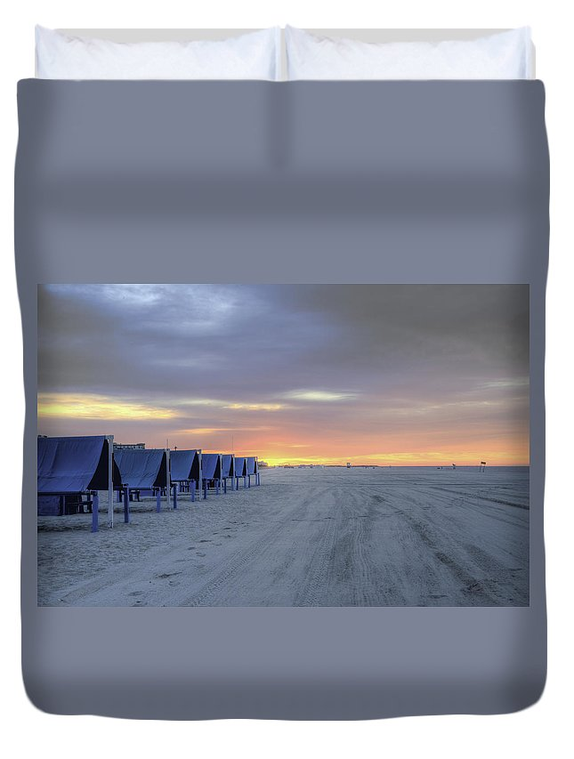 Cape Duvet Cover featuring the photograph Cape May At The Crack Of Dawn by Bill Cannon
