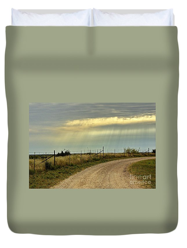 Caprock Canyon State Park Duvet Cover featuring the photograph Caprock Canyon-country Road by Gary Richards