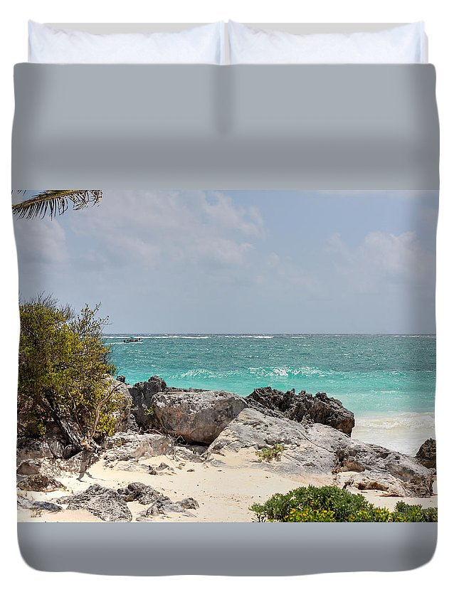 Caribbean Sea Duvet Cover featuring the photograph Caribbean Sea And Beach At Tulum by Paul Williams