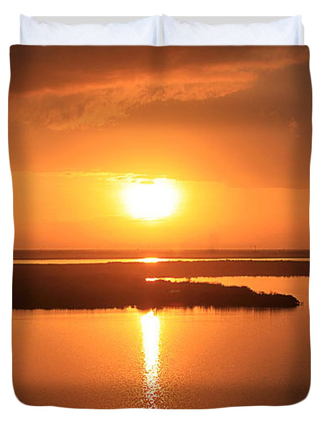 Sea Duvet Cover featuring the photograph Caribbean Sunset by Milena Ilieva