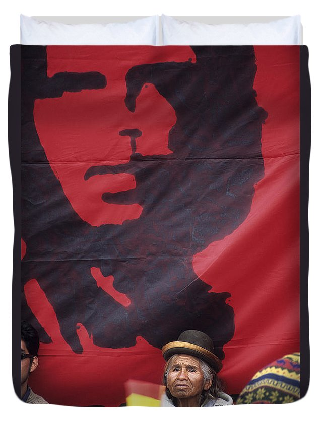 Che Guevara Duvet Cover featuring the photograph Caring Che by James Brunker